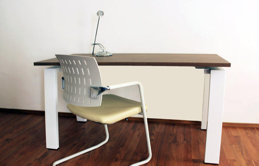 Desks rental novorenta Model home furniture rental